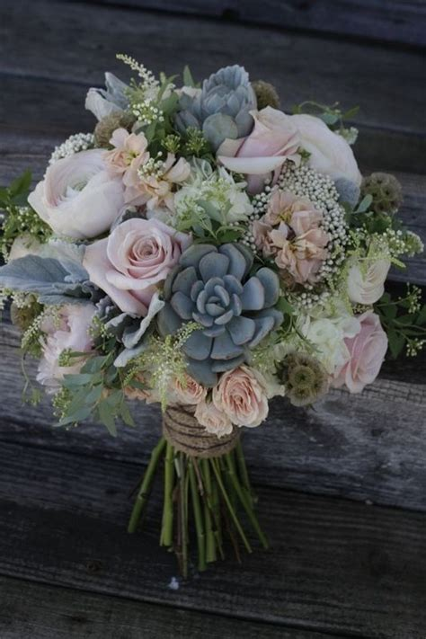 Top 20 Rustic Succulent Wedding Bouquets   Roses & Rings