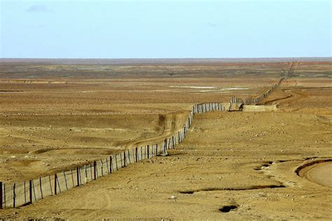 7 Worlds Most Incredible Man Made Barriers – Abana Safaris